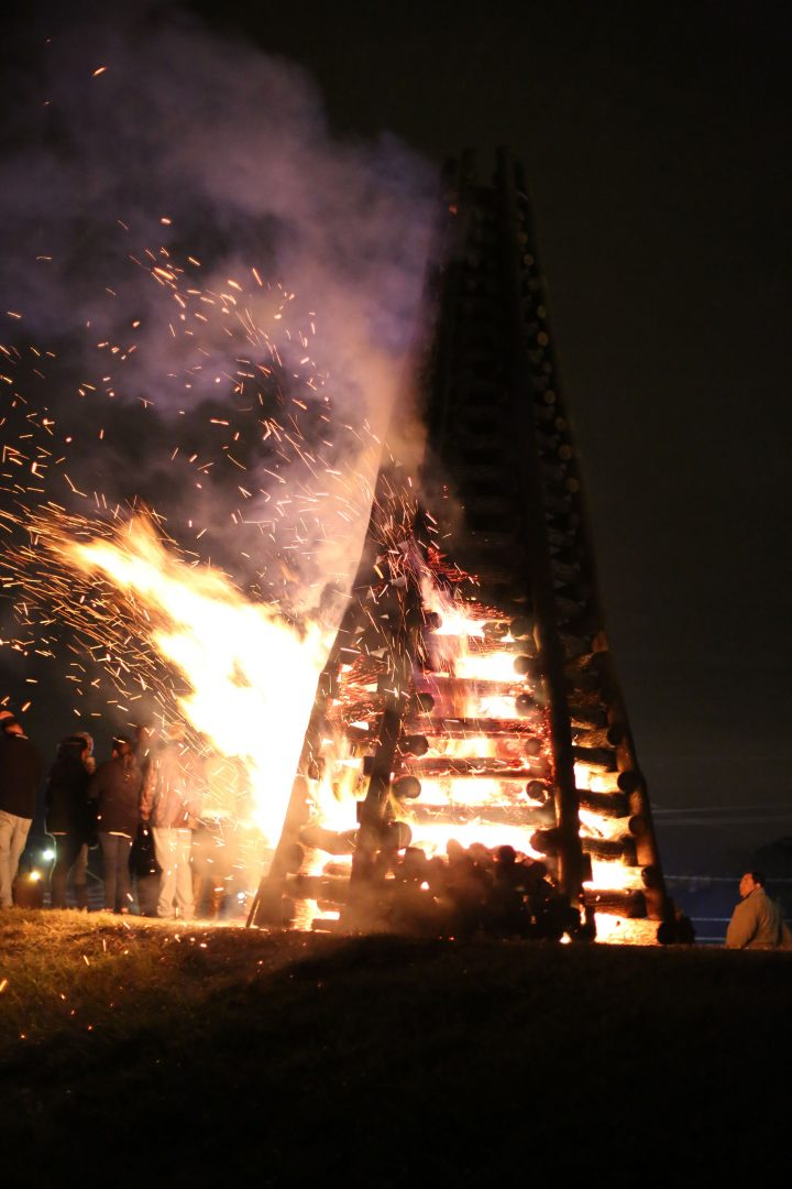 Levee Christmas Bonfires Holidays New Orleans Style