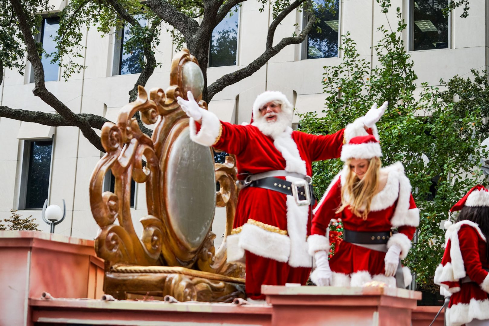 New Orleans Christmas Parade 2020 New Orleans Holiday Parades | Holidays New Orleans Style